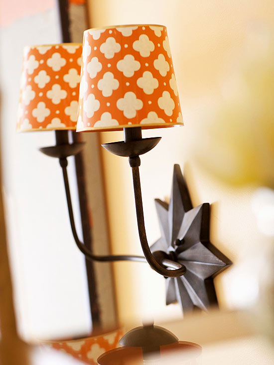 Aplica de perete cu abajur portocaliu cu alb