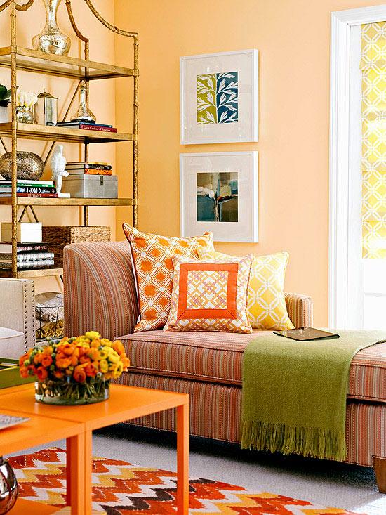 Sezlong in dungi fine portocalii si gri pentru living