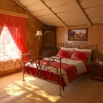 draperie rosie pentru dormitor