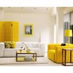 camera in culori neutre cu accdente puternice de galben