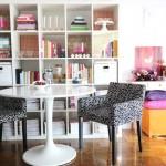 living mic vesel de apartament cu spatii de depozitare