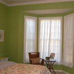 perdea scurta din voal alb pentru dormitor