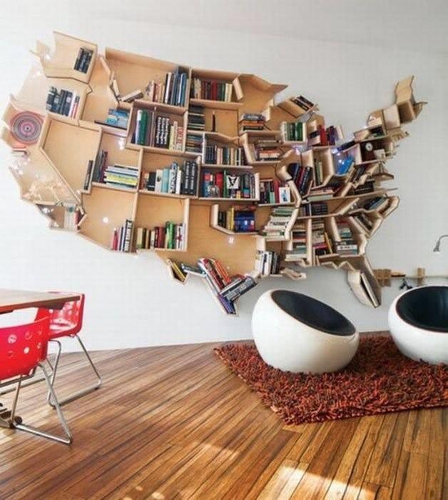 Harta lemn pe perete pentru carti