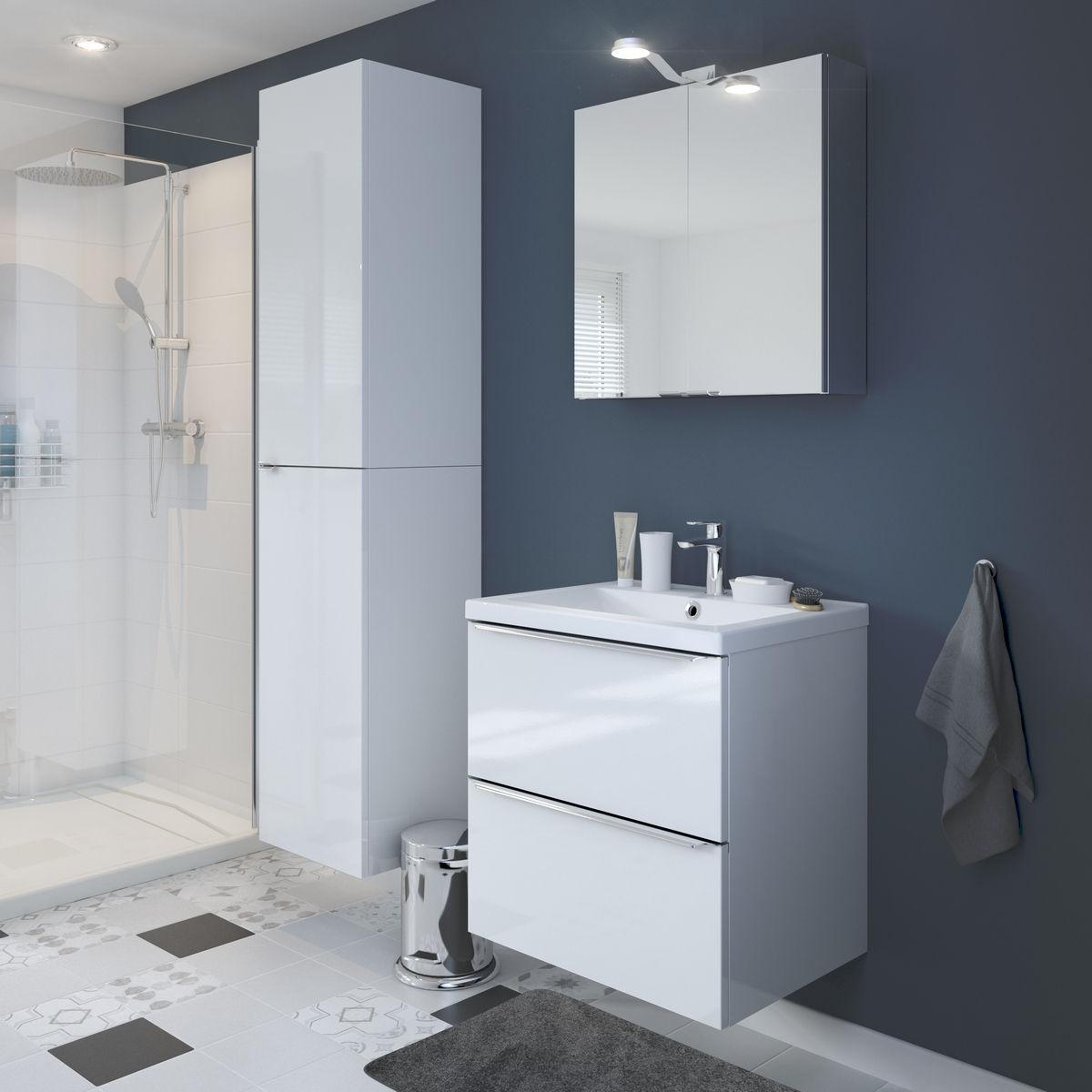 mobila alba in baie
